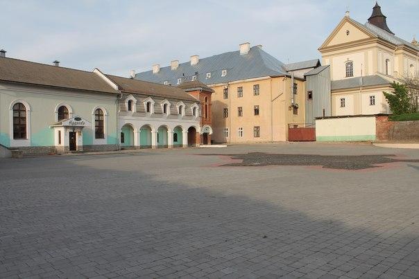 Історичний шарм старовинної фортеці