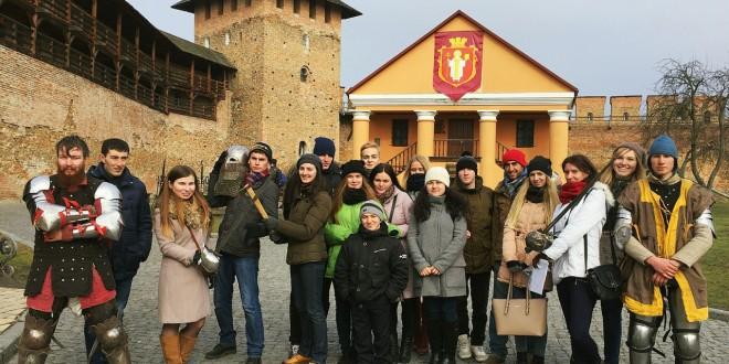 «Мені буде приємно розказувати, що я кримських татар з лука вчив стріляти», – як кримці їздили на Волинь